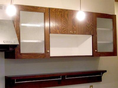 食器棚の扉に!「チェッカーガラス (リストラルM)」を使用した事例 (I工務店様)