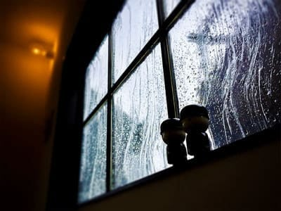コンテナハウスの窓ガラスに!「アルトドイッチェK」を使用した事例 (静岡県浜松市 O様)