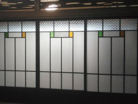 和室のアクセントに!障子に2色の「フローラガラス」を使用した事例(香川県H様)