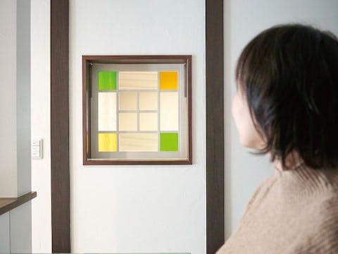 和室とキッチンを繋ぐ室内窓に!デザインガラス3種を使用した事例(八幡コーポレーション株式会社様)