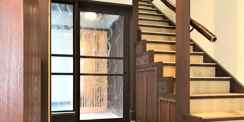 ゲストハウスのドアや間仕切りに「アルトドイッチェK」を使用した事例 (奈良県桜井市 A店様)