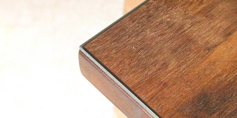 高透過ガラスを乗せたクラフトテーブル(作業台)
